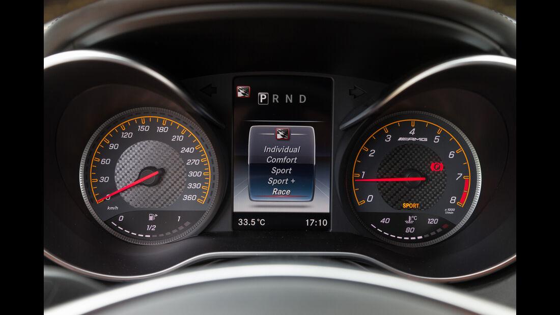 Mercedes AMG GT S, Rundinstrumente