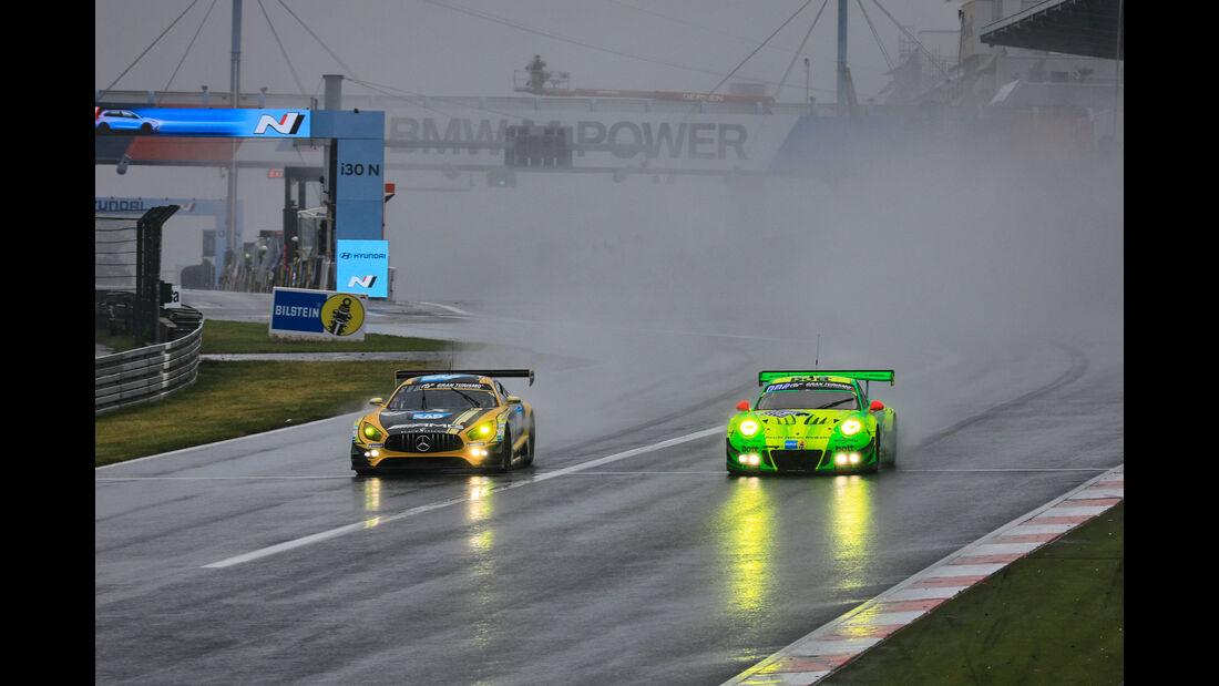 Mercedes-AMG GT3 (#4) - Porsche 911 GT3 R (#912) - 24h-Rennen Nürburgring 2018 - Nordschleife - 13.5.2018