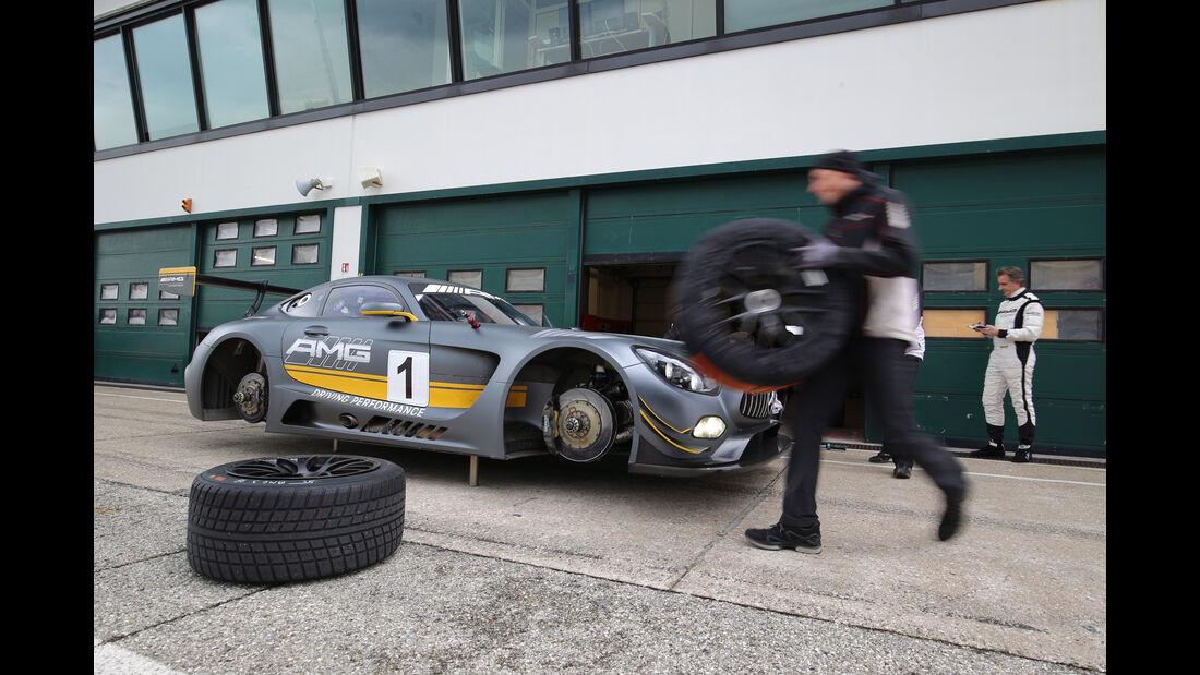 Mercedes-AMG GT3, Tracktest, Box