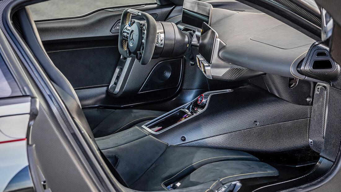 Mercedes-AMG One, Interieur