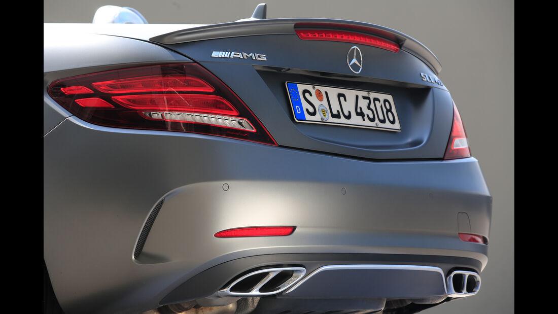 Mercedes-AMG SLC 43, Endrohre