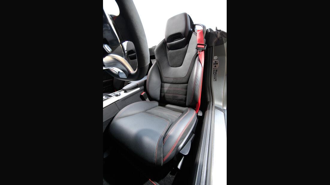 Mercedes-AMG SLC 43, Fahrersitz