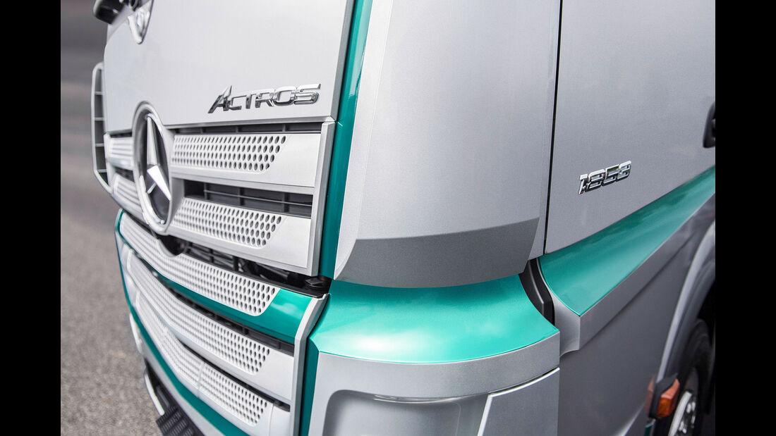 Mercedes Actros Racing Edition