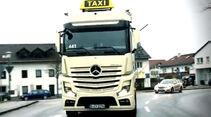 Mercedes Actros Taxi
