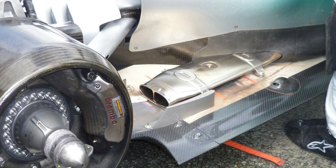 Mercedes Auspuff GP England 2011