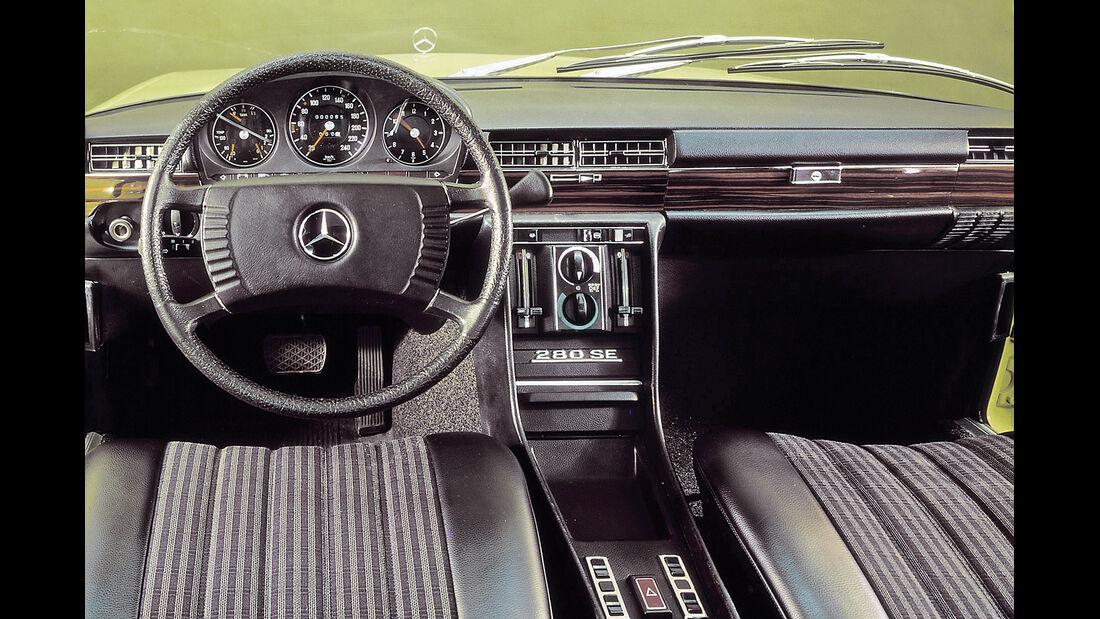 Mercedes-Ausstattungsvielfalt, Cockpit, Lenkradschaltung