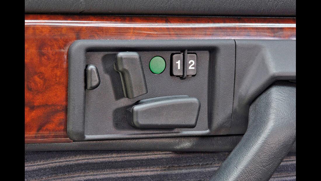Mercedes-Ausstattungsvielfalt, Seitentür, Bedienelemente