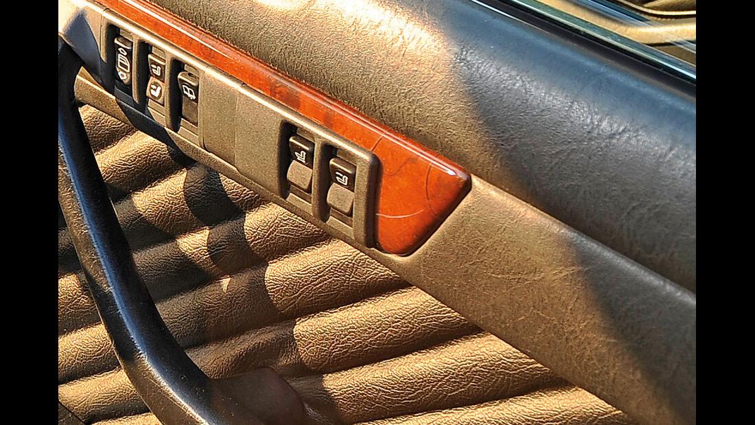 Mercedes-Ausstattungsvielfalt, Sitzverstellung