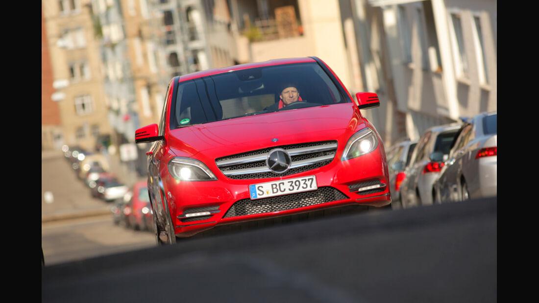 Mercedes B 200 CDI, Front