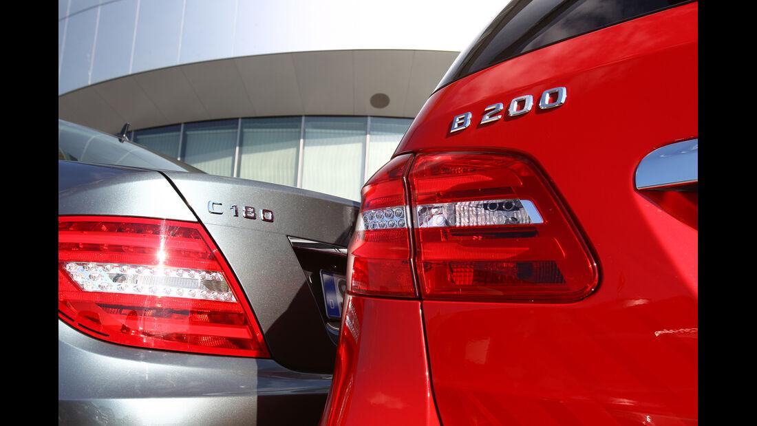 Mercedes B 200, Mercedes C 180, Heck, Typenbezeichnung