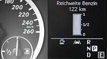 Mercedes B 200 Natural Gas Drive, Reichweite, Display