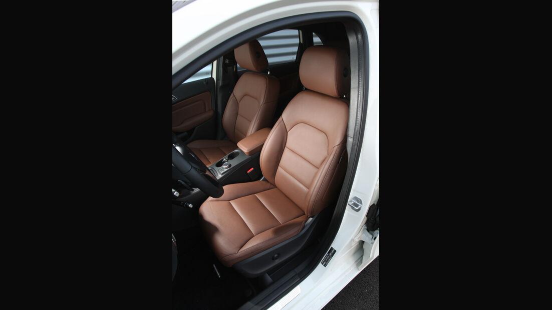 Mercedes B 200, Sitze