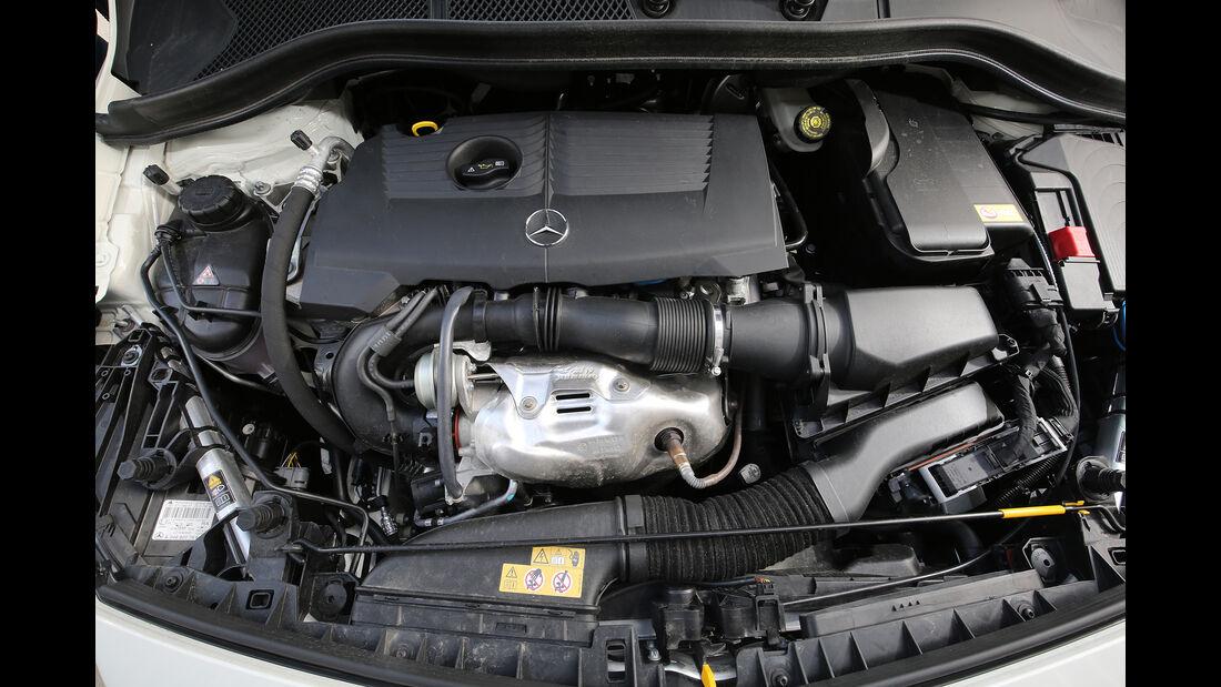 Mercedes B 200 c, Motor