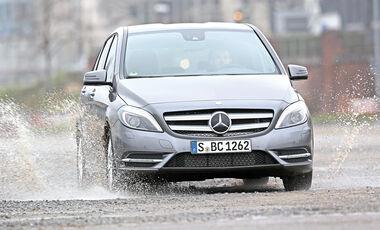 Mercedes B 220 4MATIC, Frontansicht