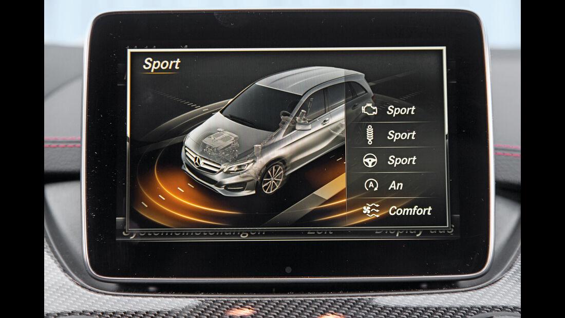 Mercedes B 250, Monitor, Infotainment