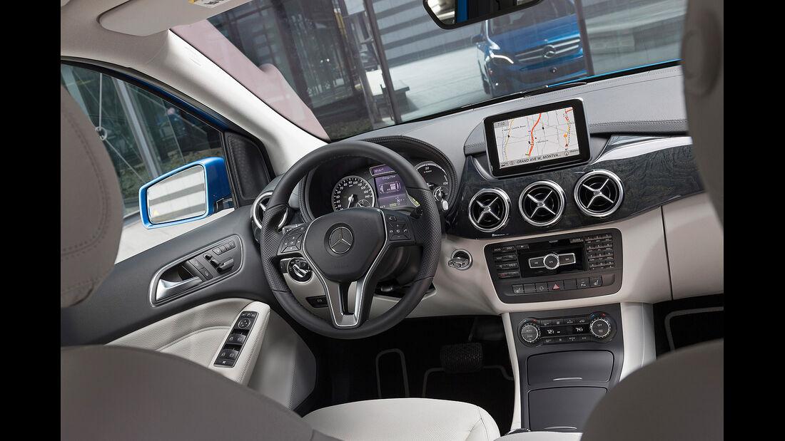 Mercedes B-Klasse Electric Drive, Innenraum, Cockpit