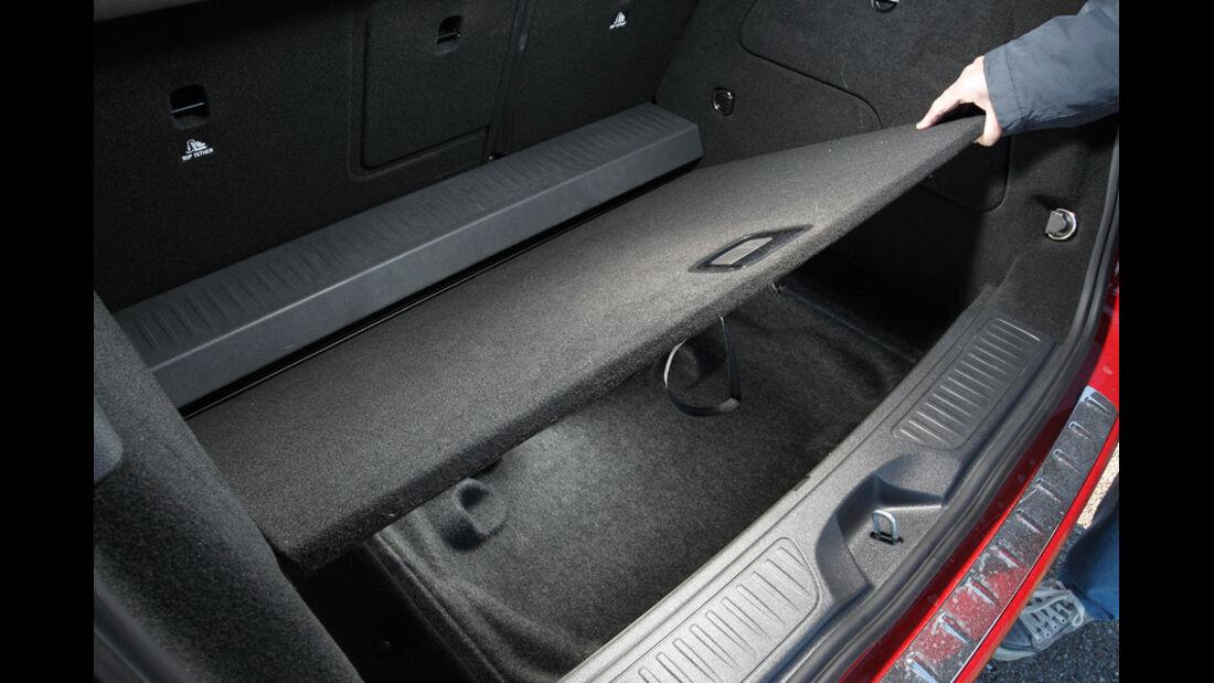 Mercedes B-Klasse, Kofferraumboden