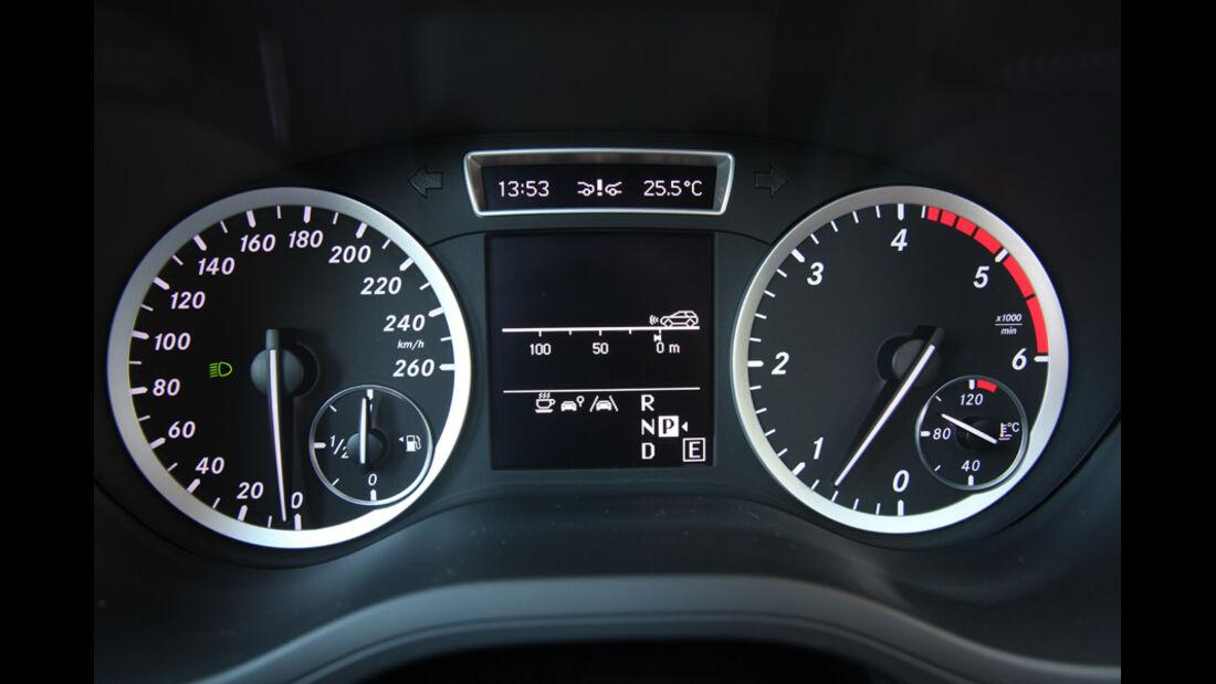 Mercedes B-Klasse, Rundinstrumente