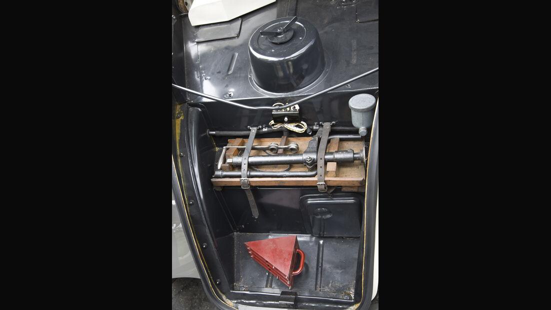 Mercedes-Benz 130, W 23, Baujahr 1935 Kofferraum