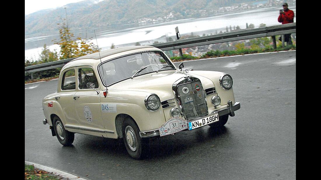 Mercedes-Benz 180 D Ponton