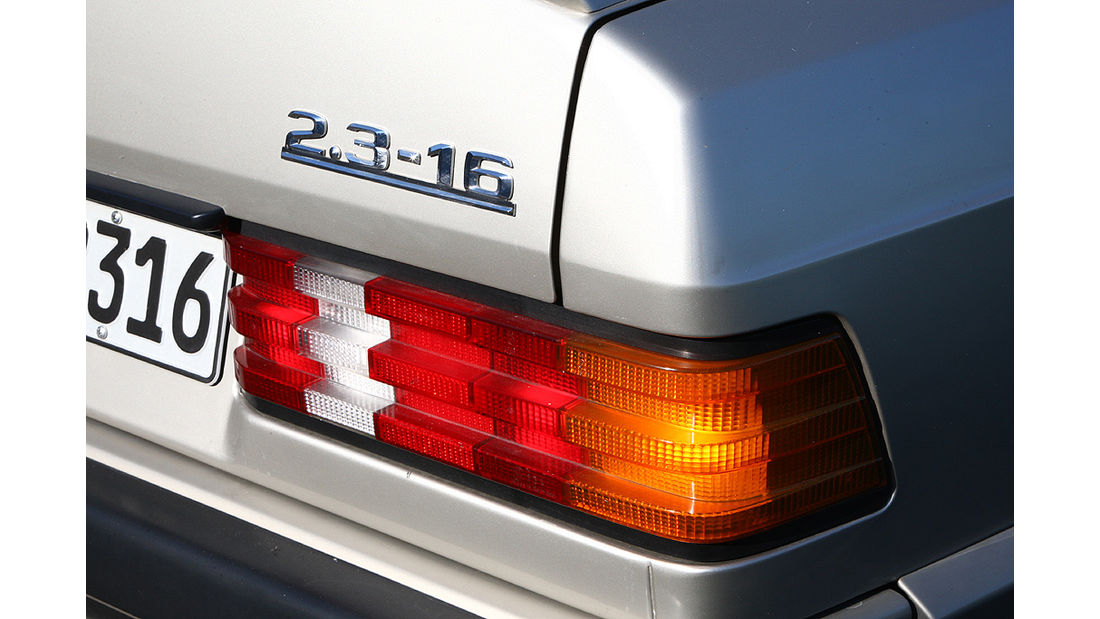 Mercedes-Benz 190 E 2.3-16 - Heckdeckel mit Schriftzug