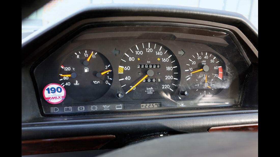 Mercedes-Benz 230 CE, C124, Rundinstrumente