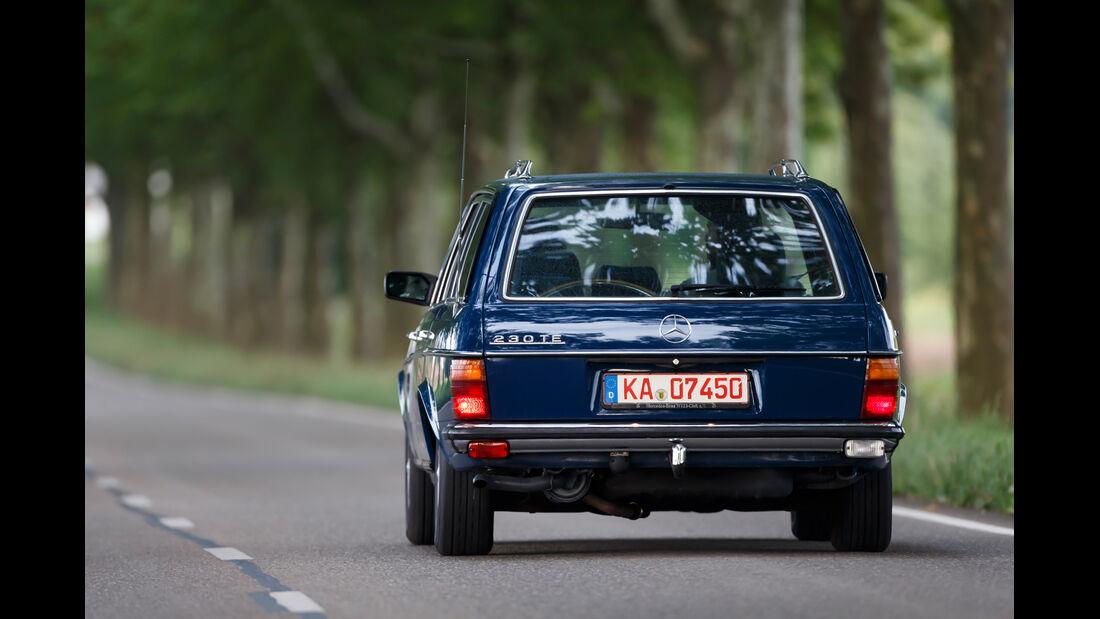 Mercedes-Benz 230 TE, Heckansicht