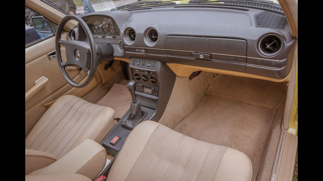 Mercedes-Benz-240-TD-Interieur