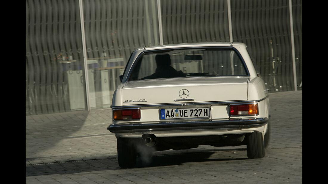 Mercedes-Benz 250 CE (W 114)