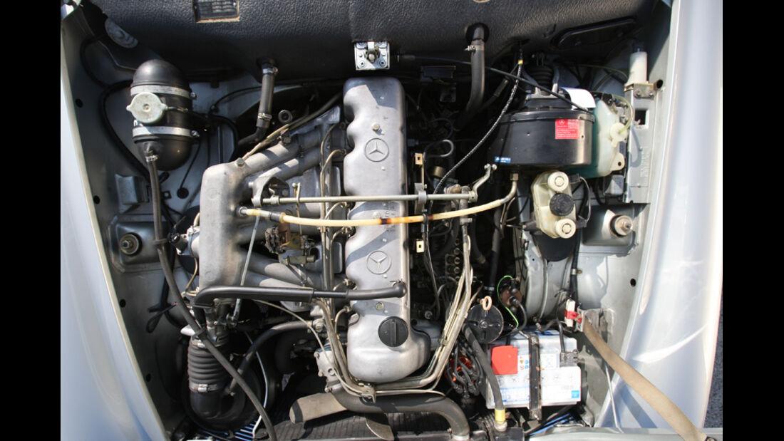 Mercedes-Benz 280 SL (W113), Motor