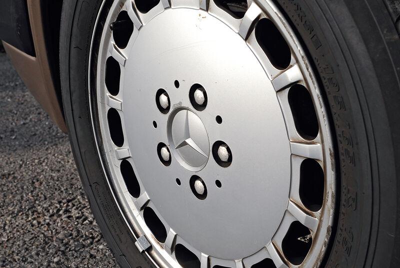 Mercedes-Benz 300 CE, C 124, Baujahr 1988, Rad