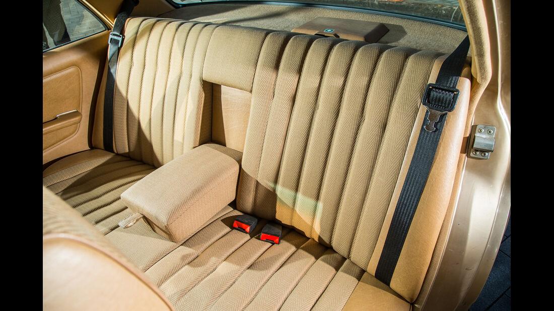 Mercedes-Benz 300 D, Fondsitze