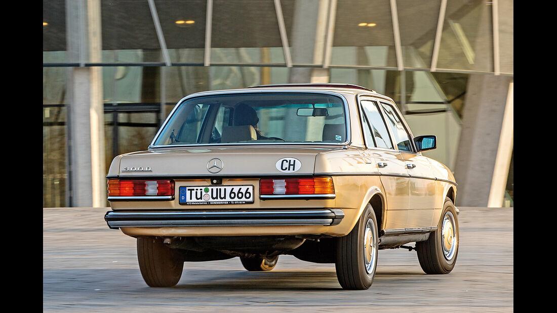 Mercedes-Benz 300 D, Heckansicht