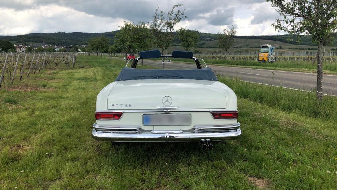 Mercedes-Benz 300 SE