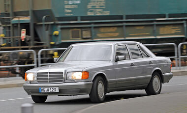 Mercedes-Benz 300 SE, Seitenansicht