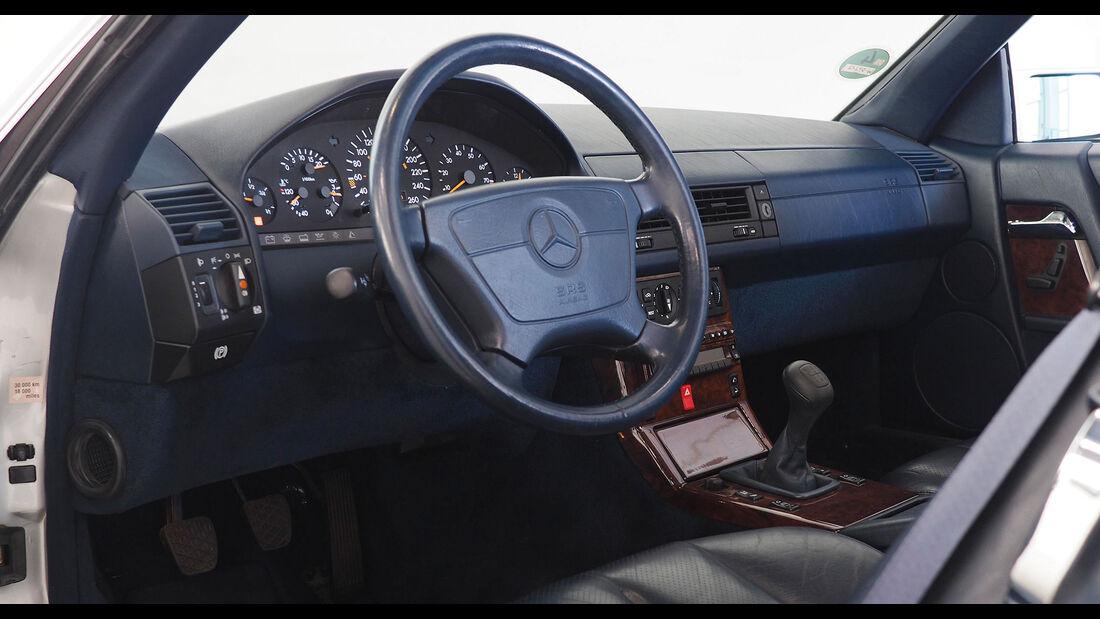 Mercedes-Benz 300 SL-24 R129 (1992)