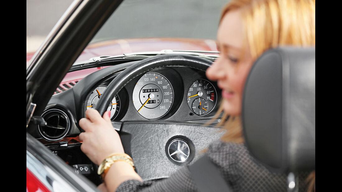 Mercedes-Benz 300 SL, Rundinstrumente