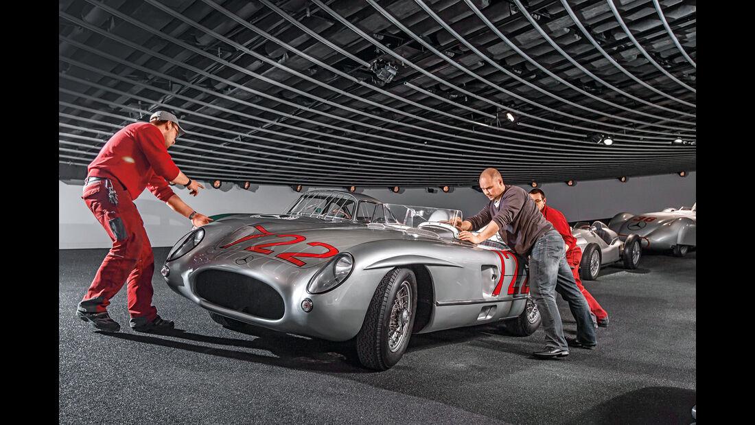 Mercedes-Benz 300 SLR bei der Mille Miglia, Stirling Moss