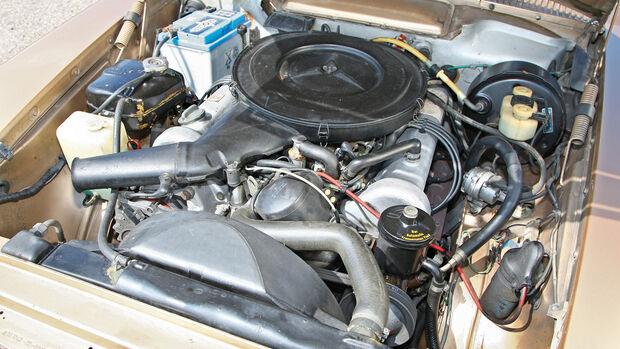 Mercedes-Benz 350 SL, Motor