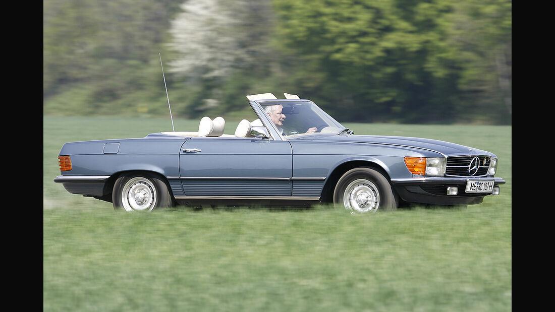 Mercedes-Benz 350 SL der Baureihe 107 - Seitenasicht