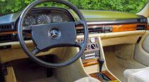 Mercedes-Benz 380 SEL, Lenkrad, Cockpit