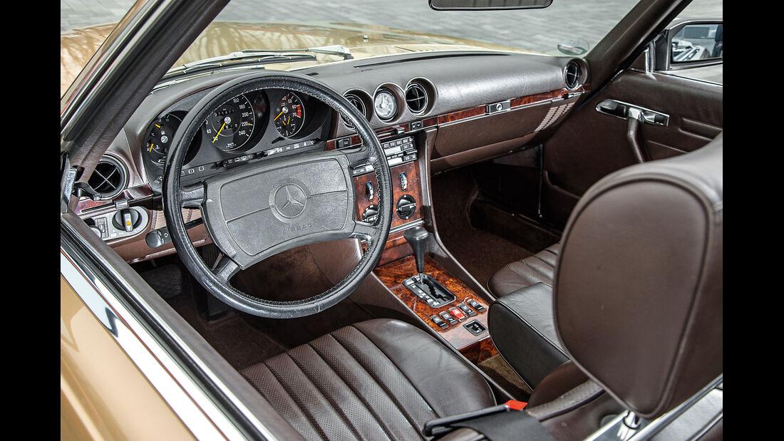 Mercedes-Benz 500 SL, Cockpit