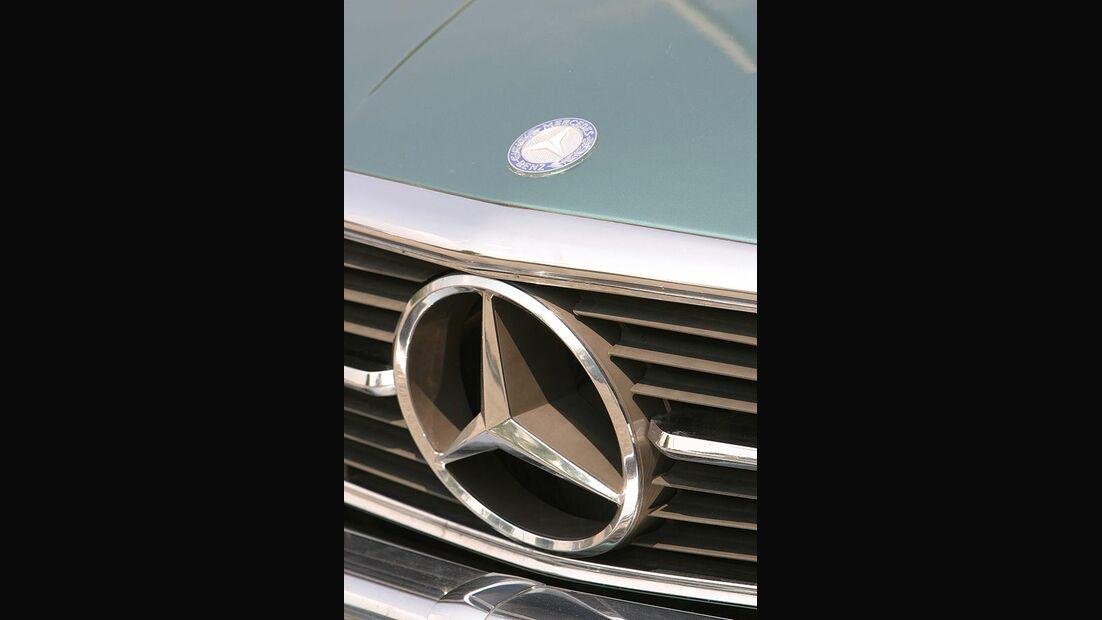 Mercedes-Benz 500 SLC
