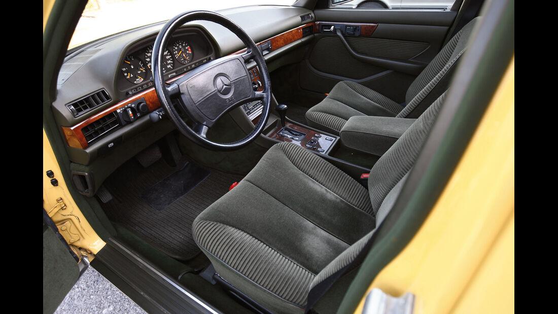 Mercedes-Benz 560 SEL, Cockpit