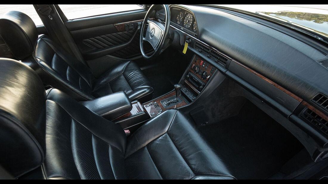 Mercedes-Benz 560 TEL (1990) Caro Cockpit
