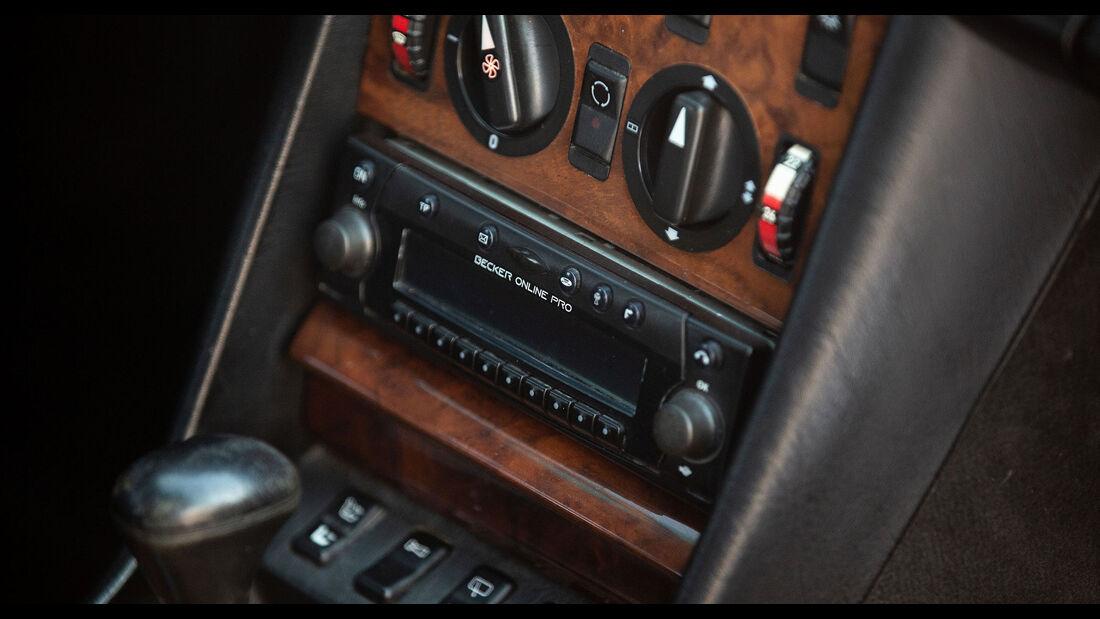 Mercedes-Benz 560 TEL (1990) Caro Mittelkonsole