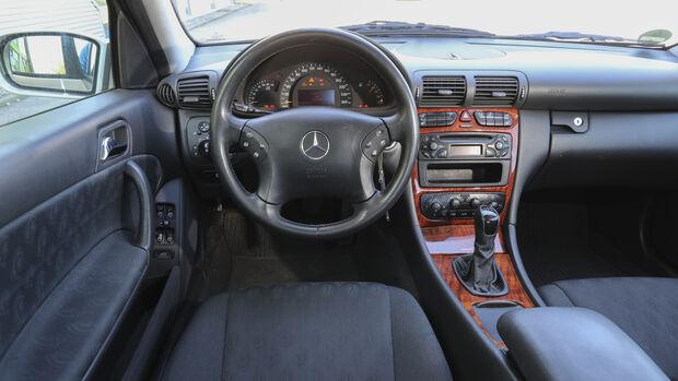 Mercedes-Benz C 180 Kompressor, Interieur