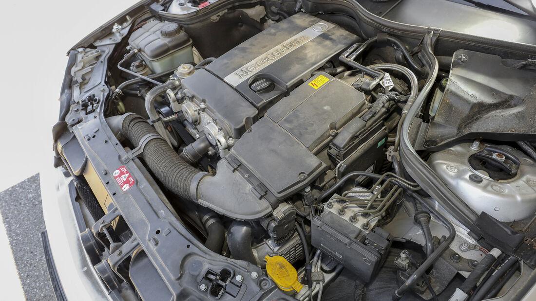 Mercedes-Benz C 180 Kompressor, Motor