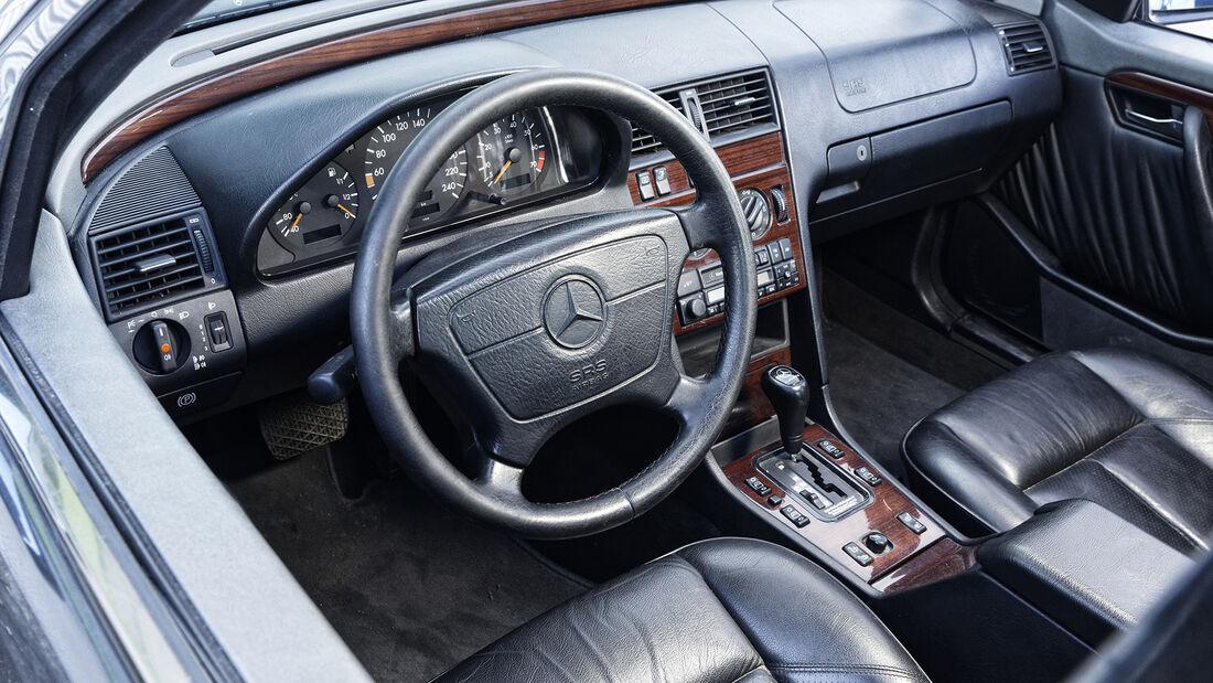 Mercedes-Benz C 220 Elegance, Interieur