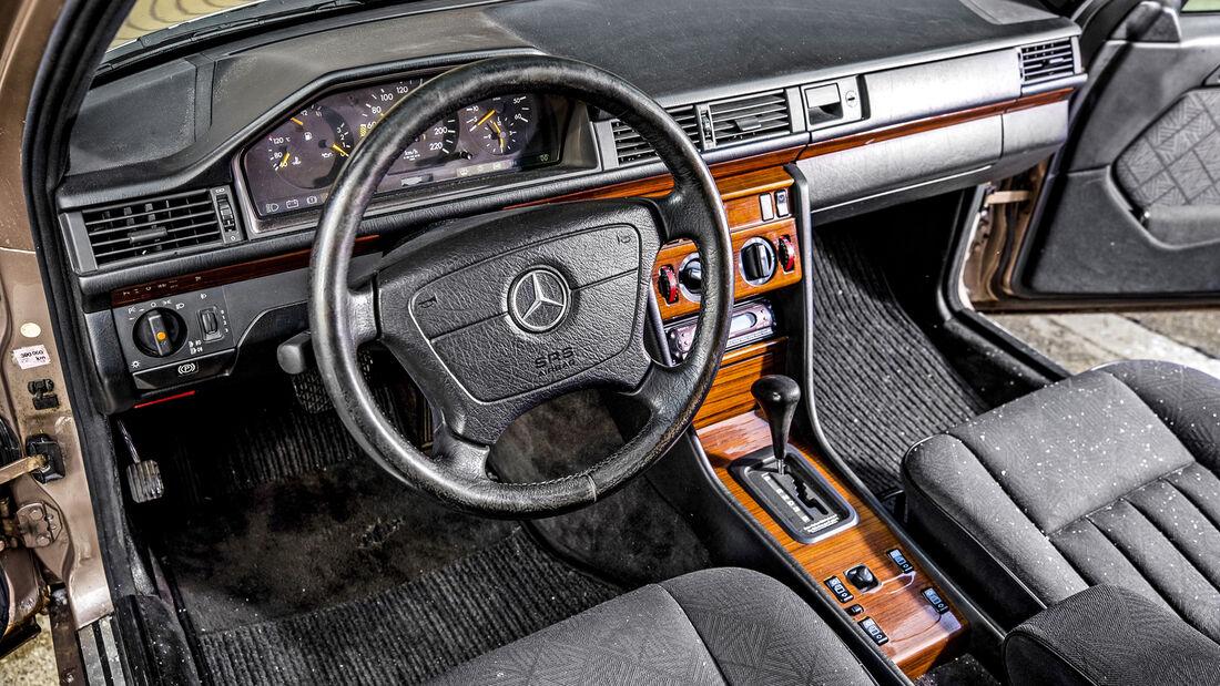 Mercedes-Benz E 250 Diesel T, Interieur